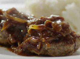 How to make burgers on the stove| a Hamburger Steak with Onions and Gravy